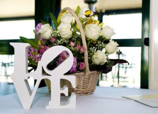 Jak uczcić kolejną rocznicę ślubu - lista propozycji na celebrację tego ważnego dnia